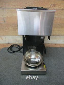 BUNN 33200.0001 VPR Commercial Pour-Over Coffee Maker withDecanter & Filters