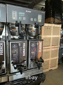 BUNN DUAL SH DBC Commercial Coffee Brewer Model server 33500 maker- With Urns