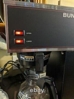 BUNN VPR 33200.0000 Commercial Pour Over Coffee Maker Dual Warmer Black/Silver