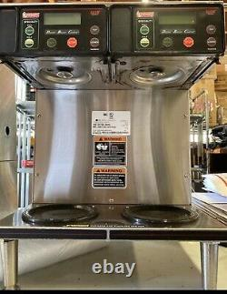 Bunn 38700.0096 AXIOM 2/2 Twin Connected To Water Coffee Brewer Commercial