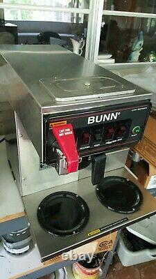 Bunn CWTF 15 automatic coffee maker with hot water faucet. Great working