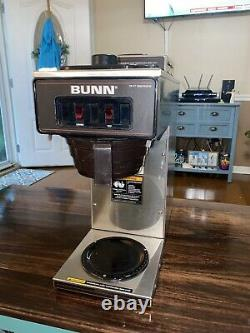 Bunn VP17-2 13300.0002 12 Cup Pourover Coffee Brewer Maker with 2 Warmers 120v